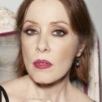 Legendary Singer-Songwriter Suzanne Vega Announces 2017 Anniversary UK Tour