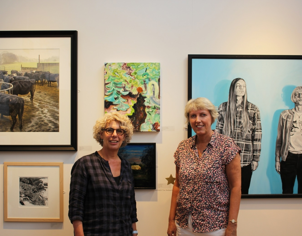 Winner of the Welbeck Farm Shop Prize Lois Wallace, and her work, with Lisa Gee