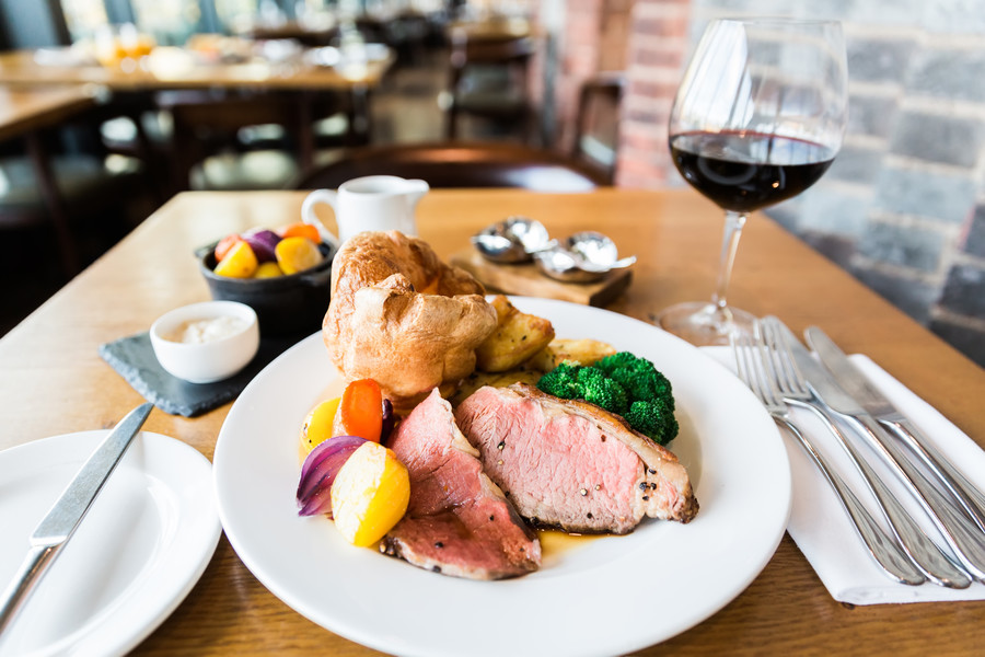 178644_Sunday lunches at the RSC Rooftop Restaurant_2015_Web use