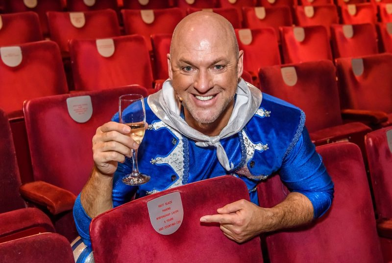 Panto Favourite, Matt Slack Honoured With Dedicated Seat at Birmingham Hippodrome