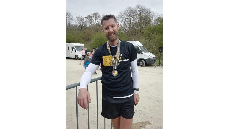 Marathon fundraising year for Leicestershire man